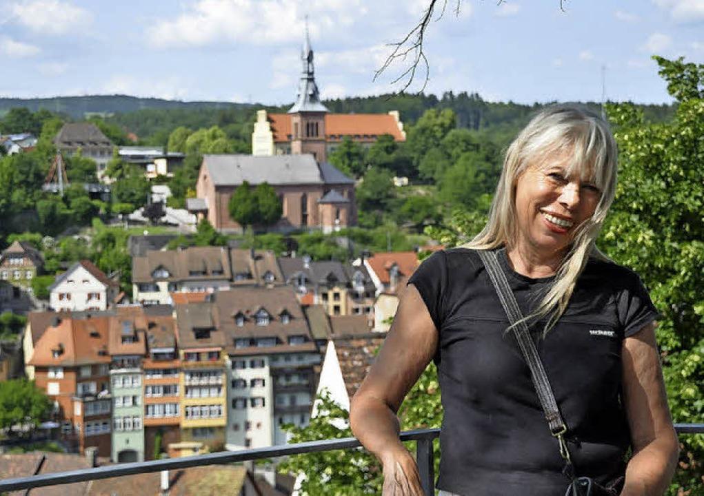 Die Altstadt hat  die Laufenburger Aut... mit regionalem Bezug  inspirieren.     | Foto:  Ralf Strittmatter