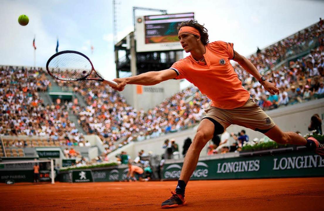 Alexander Zverev im Achtelfinale gegen...i den French Open am Sonntag in Paris.  | Foto: AFP