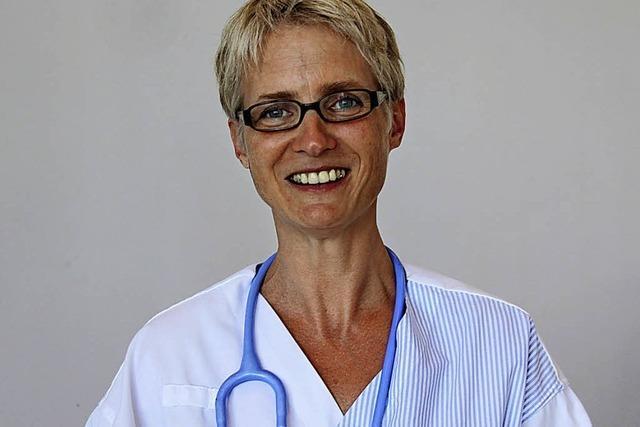 Babette Jansen spricht beim Gesundheitsforum der Kreiskliniken in Lörrach zu