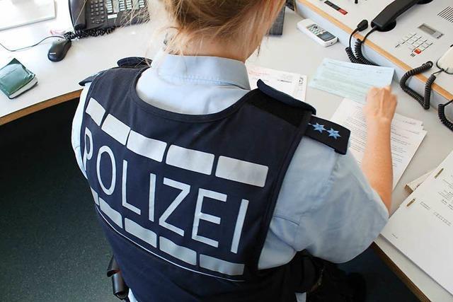Polizei sucht Geschädigten einer Unfallflucht in Lörrach