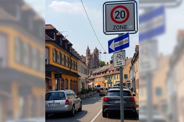 Anwohner diskutieren Verkehrsprobleme mit Stadtverwaltung