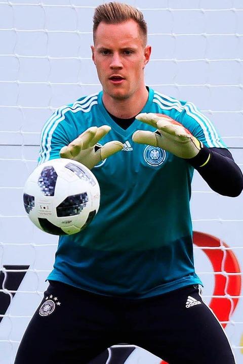 Marc-André ter Stegen will Manuel Neuer nun unterstützen.   | Foto: dpa