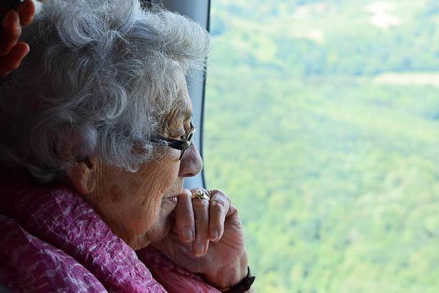 Nach Zeppelinflug geht für 95-jährige Gertrud Lorenz noch einen Wunsch in Erfüllung