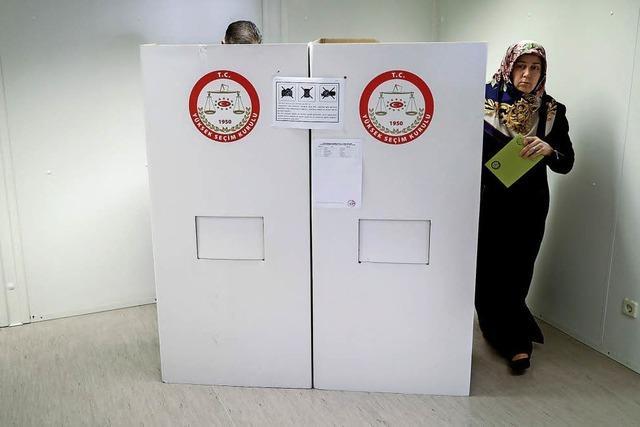 Türken in Deutschland wählen