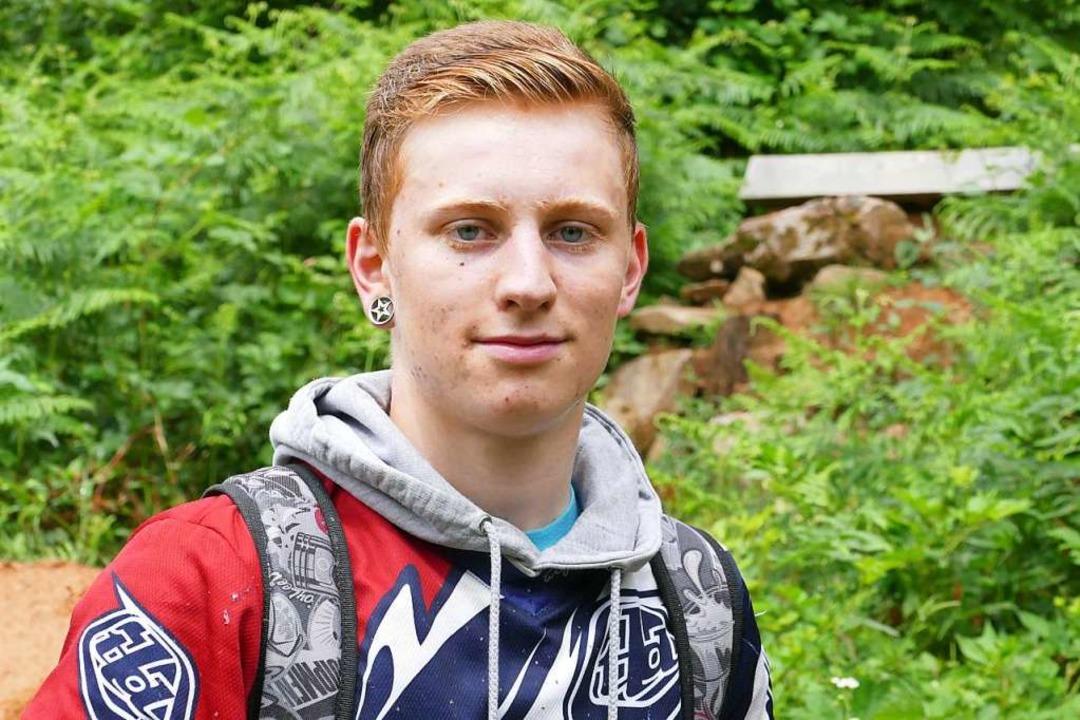 Kevin Mann fährt seit zehn Jahren Mountainbike und möchte den Trail erhalten.  | Foto: Jannik Jürgens