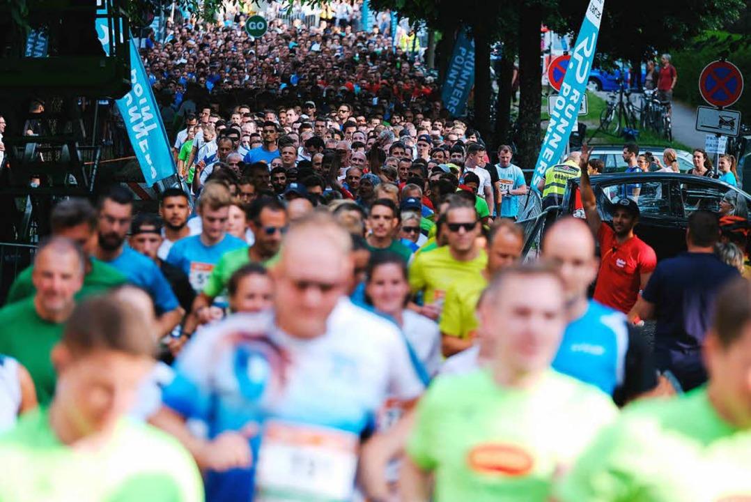 6500 Menschen gingen an den Start  | Foto: Miroslav Dakov