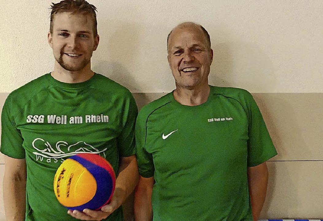 Waren überwältigt von der Resonanz auf... (links) und Jugendtrainer Thomas Göke    Foto: Julienne Rogg