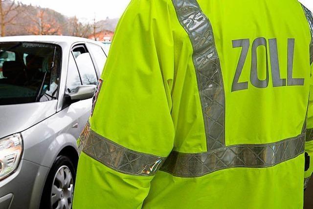 Schmuggelgut für rund 17 000 Euro im Kleintransporter