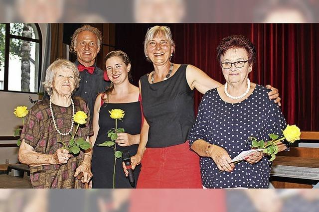 Ehrennadeln für langjährige Mitglieder