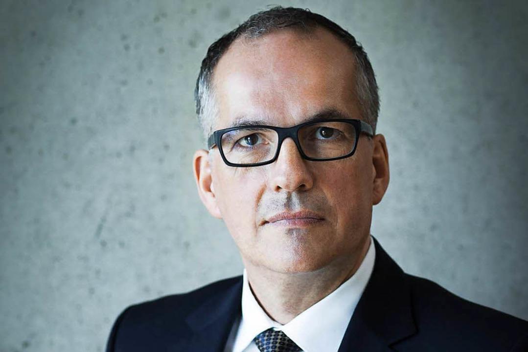 Seit 1989 ist Hans-Georg Kaiser (Jahrg...ile als Intendant und Geschäftsführer.  | Foto: Annelies van der Vegt