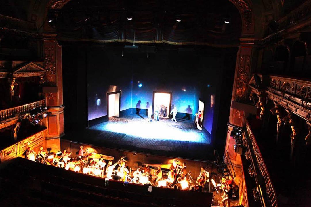 Gern gesehener Gast in Opernhäusern: d...arockorchester im Theater an der Wien.  | Foto: Dedemeyer/van der Veght