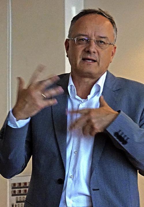 Fordert mehr Geld für die Bildung: Ex-Kultusminister Andreas Stoch   | Foto: Julius Steckmeister