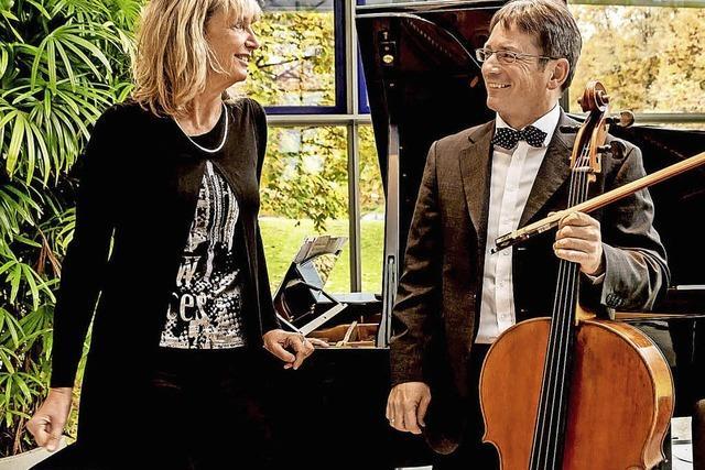Pianistin Susanne Götz undUrs Läpple zu Gast in Obereggenen