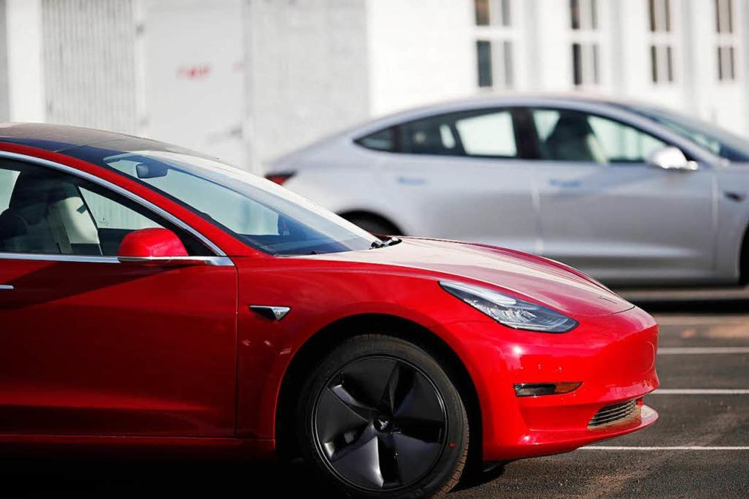 Die Produktion des Tesla-Modells 3 ist hinter den Erwartungen zurückgeblieben.   | Foto: DPA