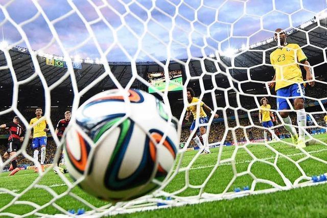 Seit wann gibt es die Fußball-WM?
