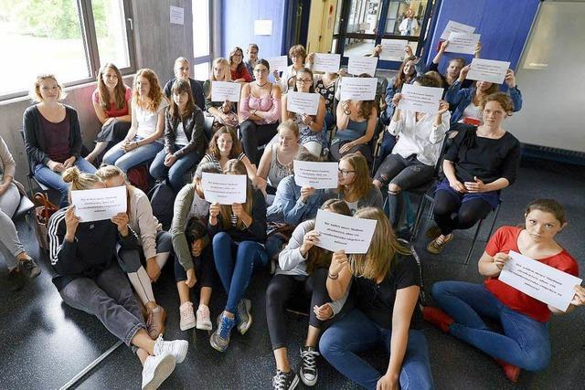 PH-Studierende demonstrieren gegen PCB-Belastung