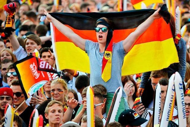 Warum das Public Viewing in vielen deutschen Städten auf der Kippe steht