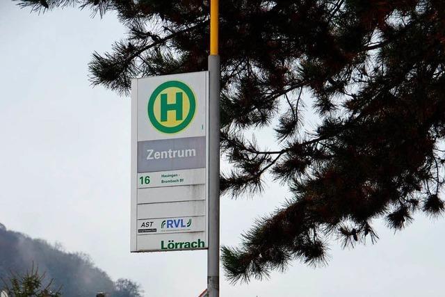 Bus bei Lörrach muss stark bremsen – Fahrgast leicht verletzt