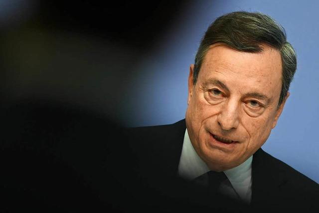 Europäische Zentralbank deutet langsamen Ausstieg aus lockerer Geldpolitik an