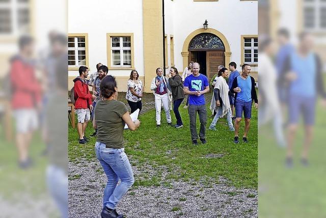 Proben im Klostergarten überzeugen Regisseurin