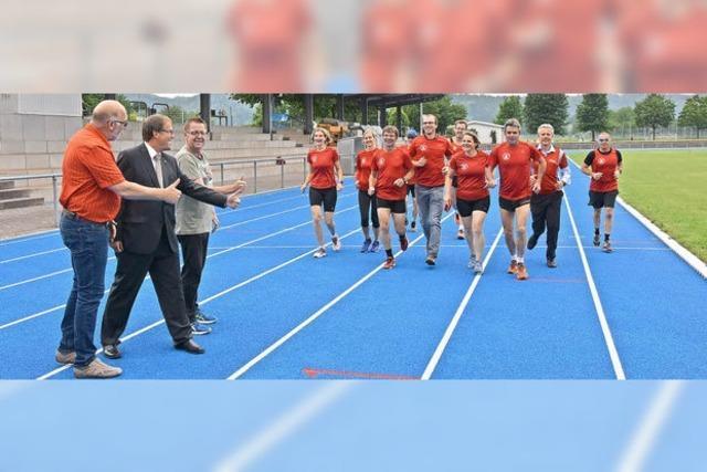 Läufer freuen sich über neue Bahn