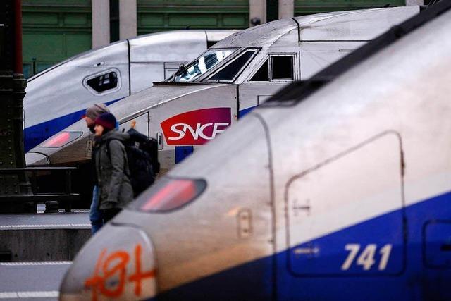 Macron setzt die Bahnreform trotz Streiks durch