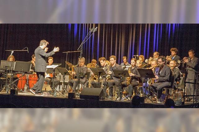 Big Bands des Clara-Schumann-Gymansiums und des Max-Planck-Gymnasiums auf der LGS