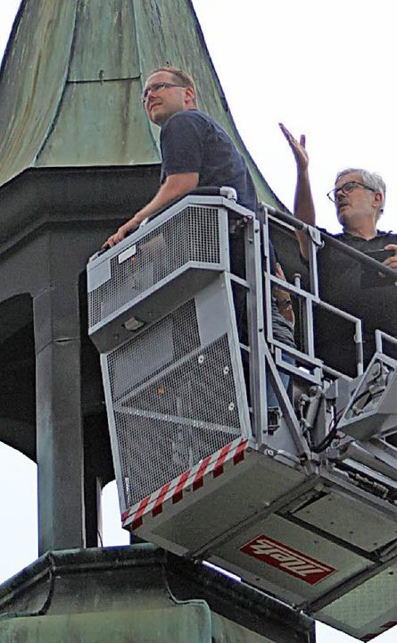Kulturamtsleiter Hans-Jörg Jenne (rech... - und spricht von einer Überraschung.  | Foto: Patrik Müller