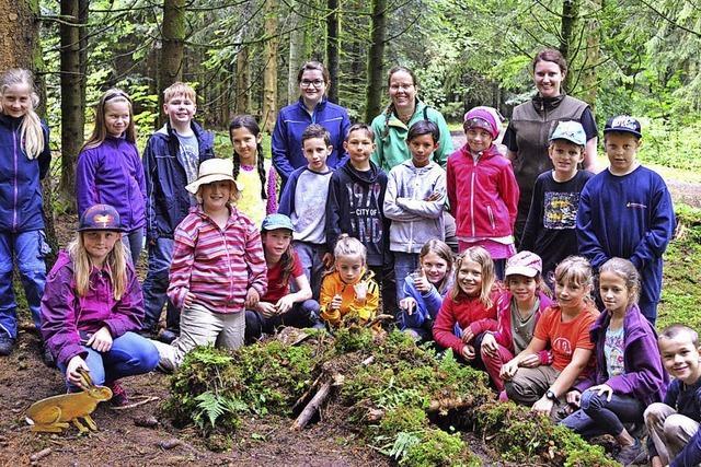 Rickenbacher Grundschüler erforschen den Wald