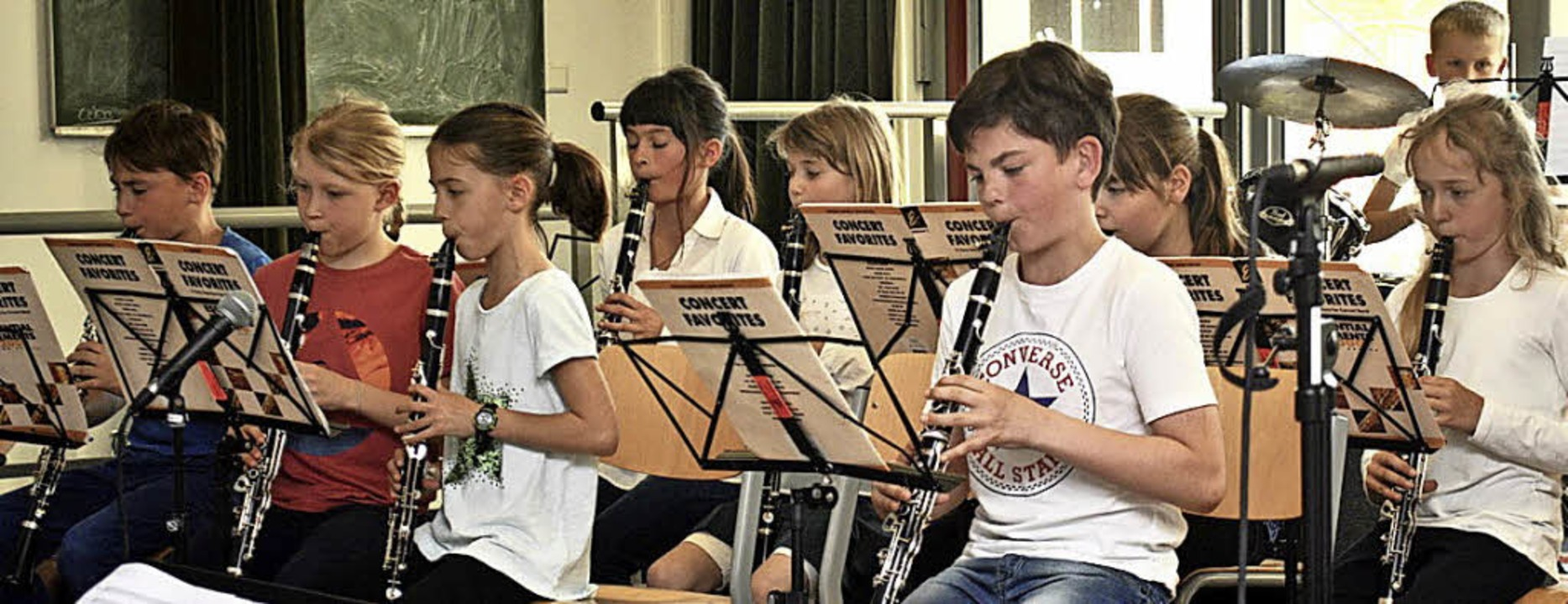 <BZ-FotoAnlauf>Johann-Heinrich-von-Lan...nlauf> Die 4. Bläserklasse  in Aktion   | Foto: Friederike Zimmermann