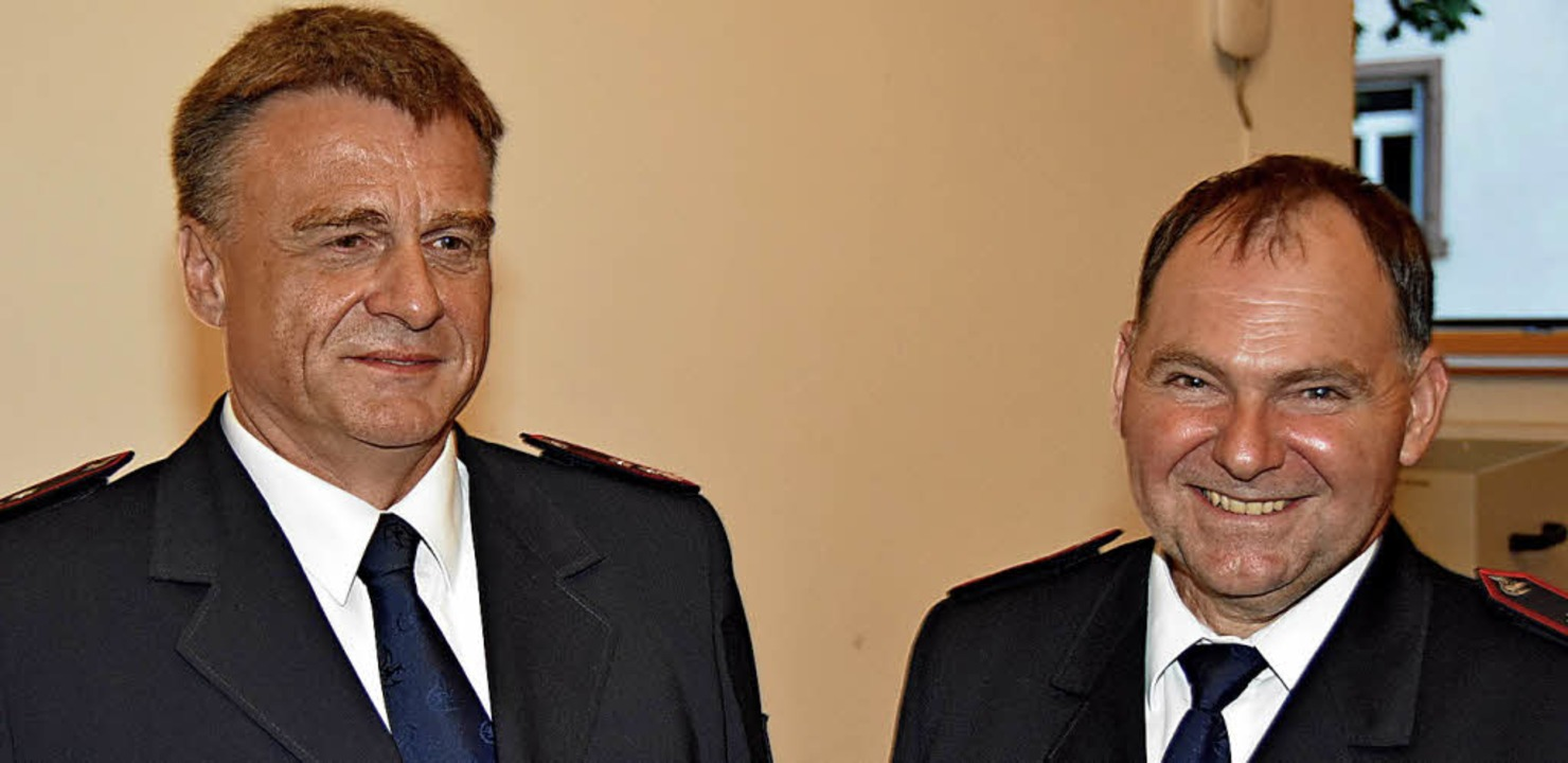 Hubert Wiehle (links), bisheriger Stel...trecker (rechts) sein Stellvertreter.   | Foto: Andrea Steinhart