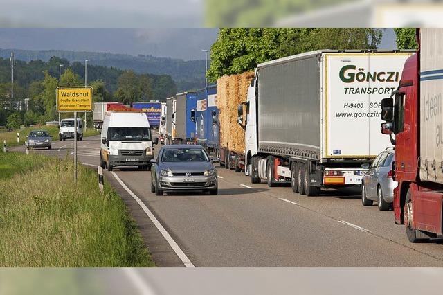 Von Lastwagen entlasten