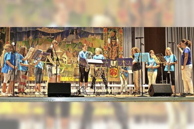 Das eigenen Können zeigen und andere junge Musiker kennenlernen