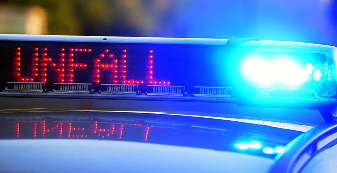 Die Polizei sicherte die Unfallstelle. (Symbolbild)  | Foto: dpa