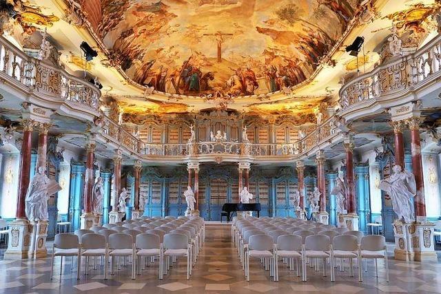 Entdecken Sie sakrale Juwele Oberschwabens: das Zisterzienserinnenkloster Heiligkreuztal und die Prämonstratenserabtei Schussenried