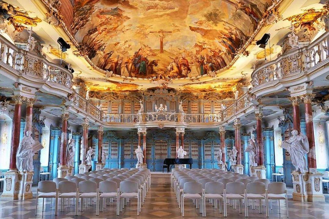 Juwel des Rokokos: der Bibliothekssaal im Kloster Schussenried  | Foto: Thomas Jungkind, Staatliche Schlösser und Gärten Baden-Württemberg
