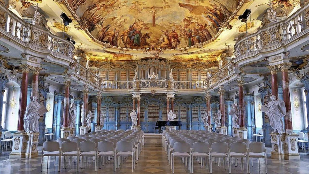 Juwel des Rokokos: der Bibliothekssaal im Kloster Schussenried    Foto: Thomas Jungkind, Staatliche Schlösser und Gärten Baden-Württemberg