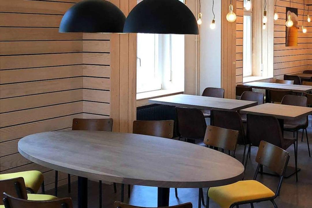 Das Design im Innenraum ist betont schlicht und modern gehalten.  | Foto: Brauerei Ganter GmbH & Co. KG