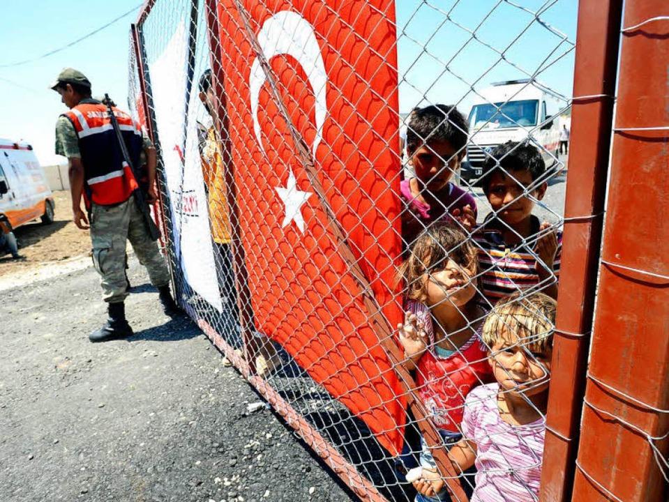 Syrische Flüchtlingskinder in einem Lager in der Türkei    Foto: usage Germany only, Verwendung nur in Deutschland