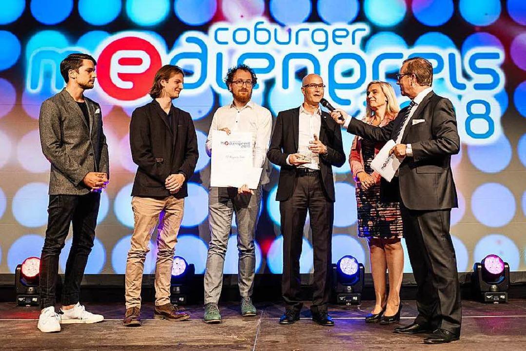 Bei der Verleihun g des Coburger Medie... Till Mayer und ganz rechts Jan Hofer.    Foto: Sebastian Buff