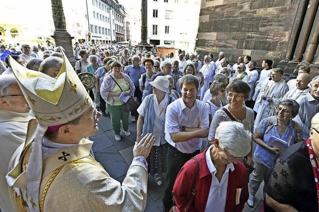 Fast 900 Mesner kommen zur Wallfahrt ins Freiburger Münster