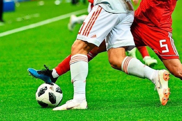 Fußballnationalmannschaft der Bürgermeister fliegt zum Auswärtsspiel nach Russland