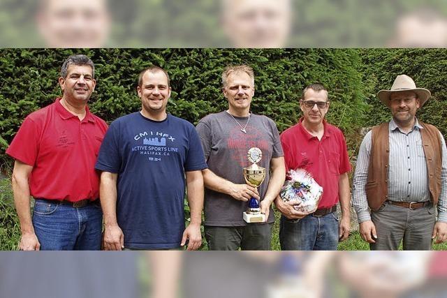 Bonndorfer Mannschaft verteidigt den Wanderpokal