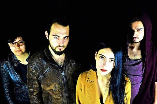 Musik mit den Bands Kamarad und Syndrom in Auggen