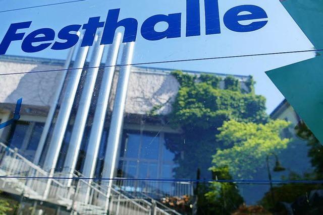 Die Turn- und Festhalle in Gundelfingen ist derzeit eine Großbaustelle – ein Rundgang