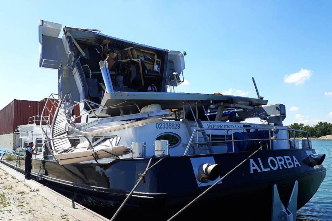 Das beschädigte Containerschiff  | Foto: Hannes Lauber