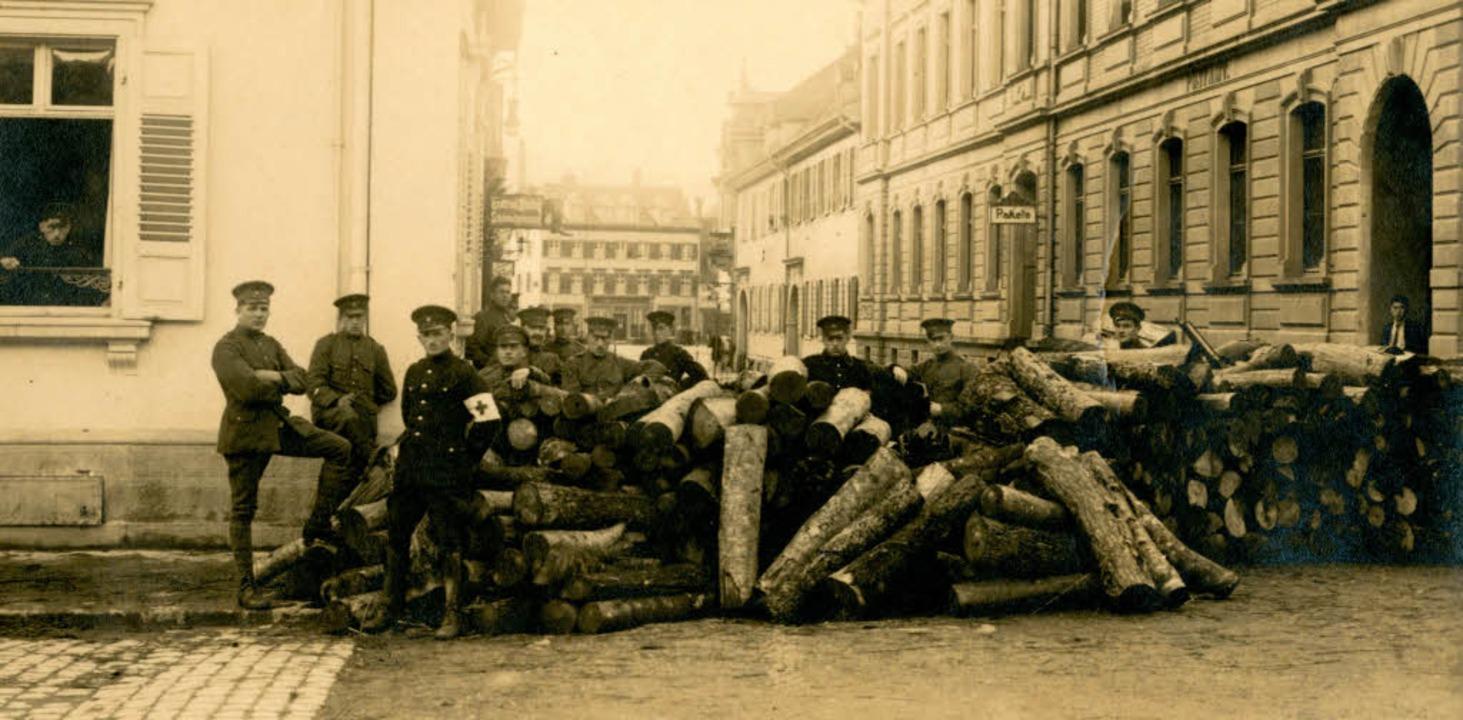 Unruhige Zeiten: Die Arbeiterunruhen v...entrum Südbadens besonders heftig aus.  | Foto: fotos: Dreiländermuseum/ruda