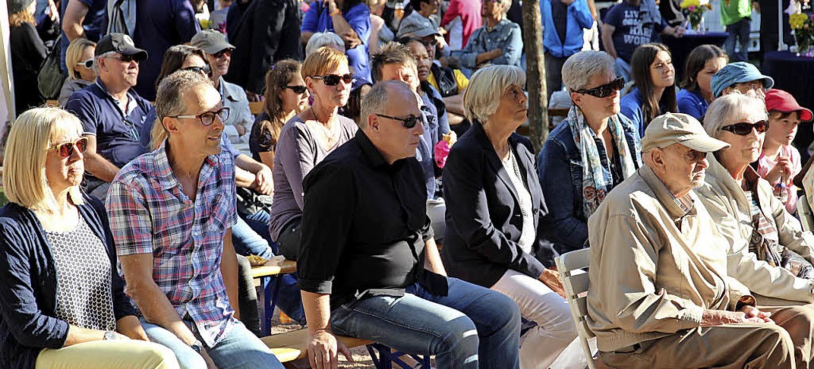 Viele Zuhörer lauschten der musikalisc...tmusik und dem Musikverein Appenweier.  | Foto: Eva Korinth