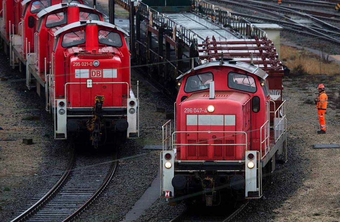 Die Güterzüge, um die es vor allem geh...sher 500 Meter lang sein. (Symbolbild)  | Foto: dpa