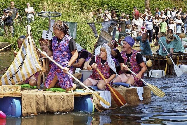 Spektakel auf dem Wasser und an Land